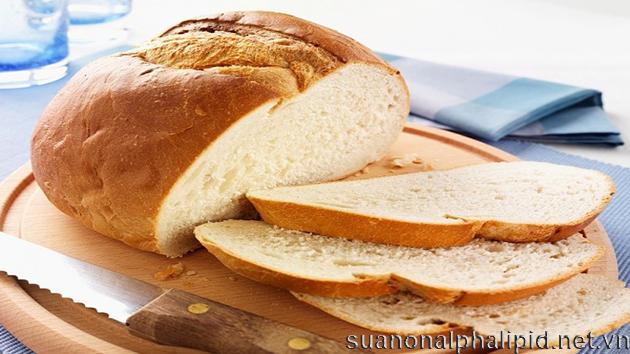 bệnh tiểu đường không nên ăn bánh mì trắng, mì tinh chế, gạo