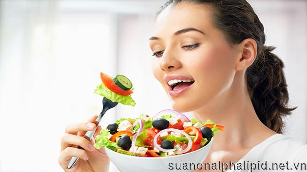 Nếu không có thời gian ta nên ăn ít nhất 3 bữa một ngày hoặc 6 bữa là tốt nhất giúp kiểm soát lượng thức ăn và tránh tăng đột ngột glucose trong máu do ăn quá nhiều