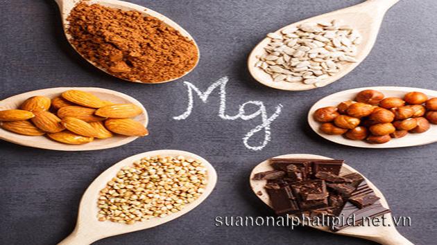 Magnesium thường ít được nhắc đến nhưng nó đóng một vai trò không thể thiếu giúp hệ miễn dịch của bạn được nguyên vẹn, tim khỏe mạnh, xương khớp vững chắc