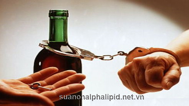 Nguyên nhân thường gặp nhất của gan nhiễm mỡ lànghiện rượu