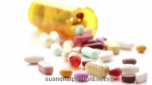 Một số các loại thuốc can thiệp vào lượng đường trong máu như thuốc cảm hoặc xoang có thuốc giảm huyết áp làm tăng đường huyết