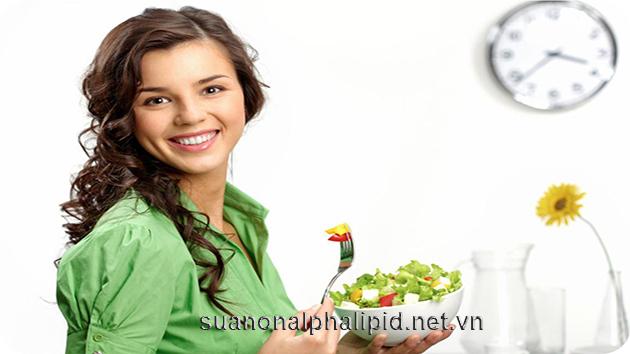 Ăn nhiều bữa nhỏ thay vì ăn ngày 2-3 lần