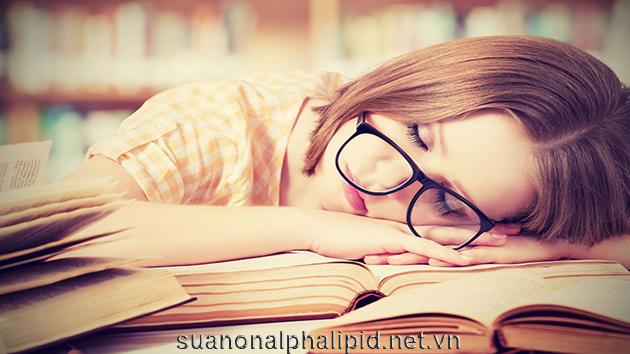 Đừng đi ngủ trừ khi bạn buồn ngủ