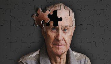 Bệnh Alzheimer thường xảy ra ở người trên 65 tuổi