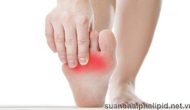 Bệnh thần kinh ở chân giảm khả năng hoặc mất luôn khả năng cảm nhận nóng lạnh, đau của chân, bạn không cảm nhận được cho đến khi xuất hiện vết loét hoặc bị nhiễm trùng